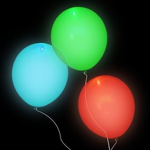 Nafukovací svítící balónky Disco 23cm 5ks 301769