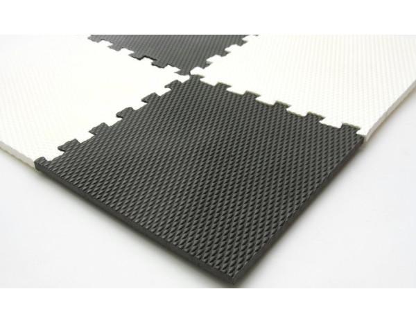 Pěnový koberec Šachovnice 256 x 256 cm 303119